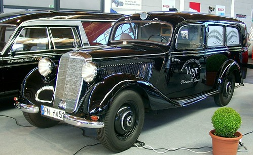 Mercedes Carro funebre