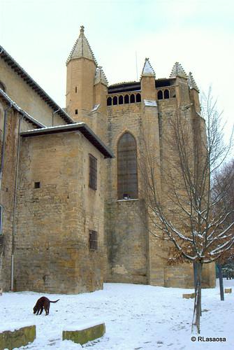 Trasera de la Capilla Barbazana, construida en el siglo XIV en el interior del recinto catedralicio.