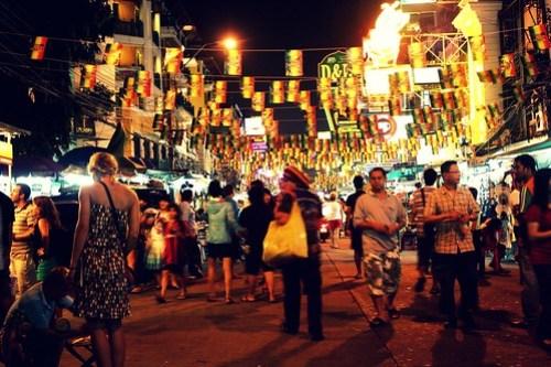 Khao San Road, probabil cea mai vestită stradă din Bangkok
