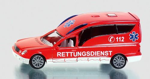 Siku 1-50 Mercedes ambulanza