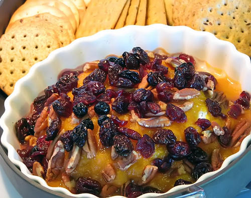 Baked Brie with Apricot Sauce