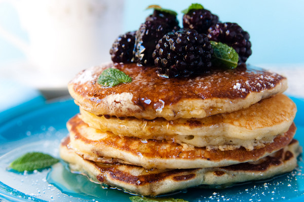Berry buttermilk pancakes