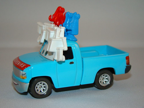 disney cars toon buck the tooth vendor (7)