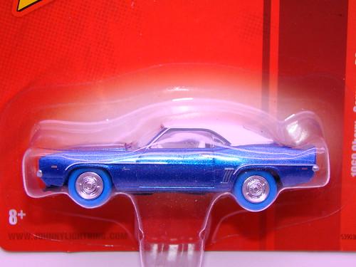 johnny lightning 1969 chevy camaro rs zl-1 lightning strike (2)