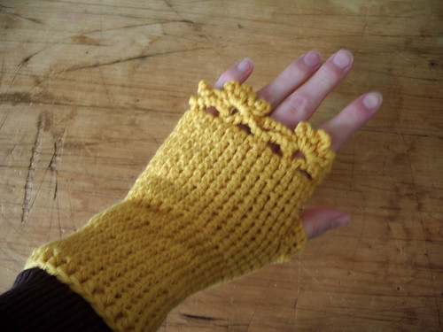 Fingerless Gloves - yellow