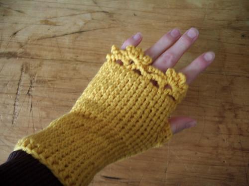 Fingerless Gloves - yellow