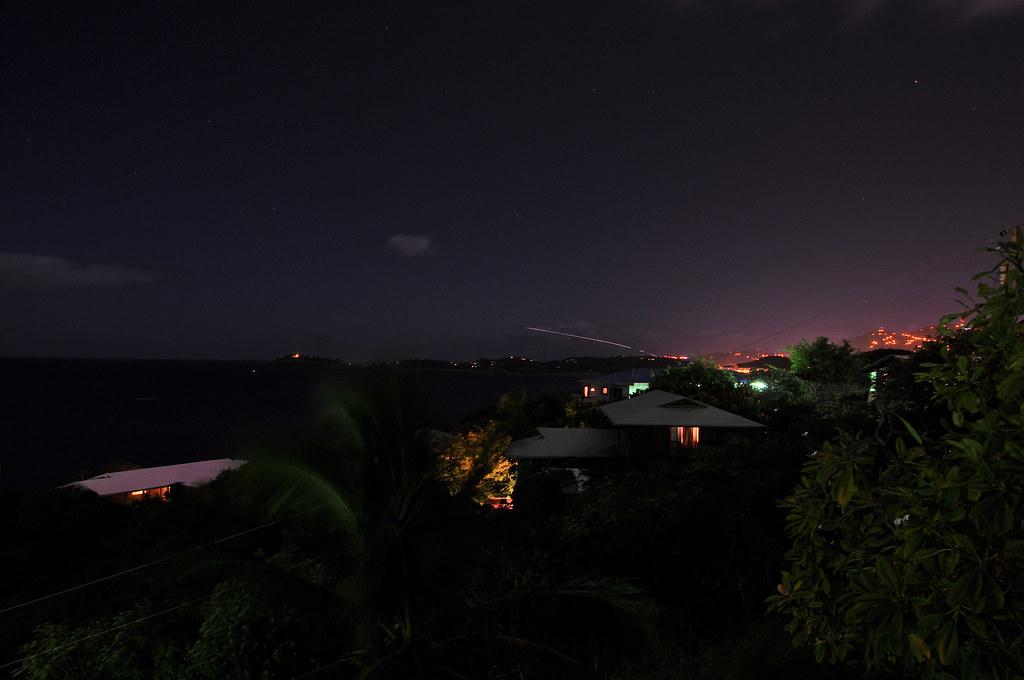 Plane leaving Saint Thomas at night