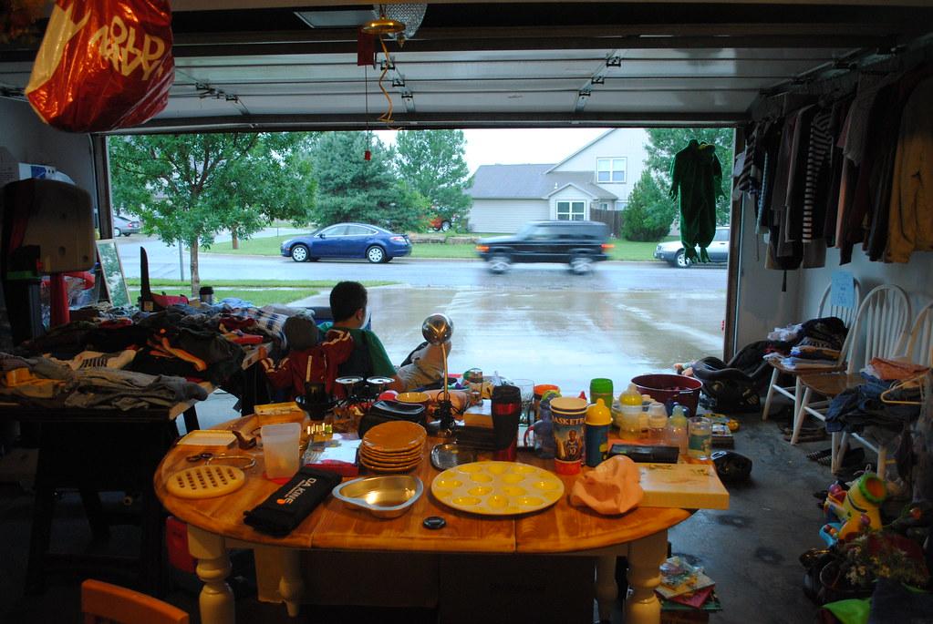 garage sale 007