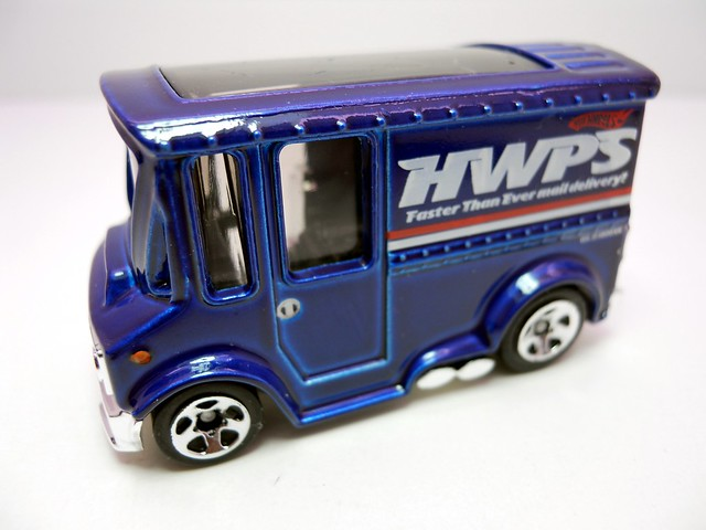 hot wheels bread box blue (2)