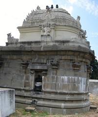 Gaja prashta sanctum (by Raju's Temple Visits)