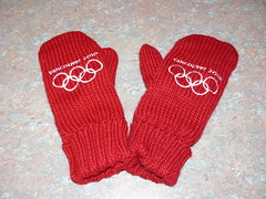 Vancouver 2010 Olympic Red Mittens