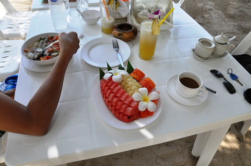 03_Koh_Chang_Breakfast-Fruits