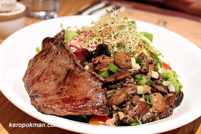 Beef and mushroom salad