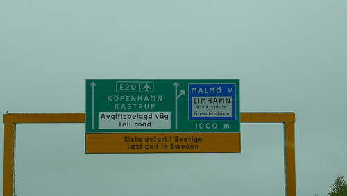 Leaving Sweden by the bridge