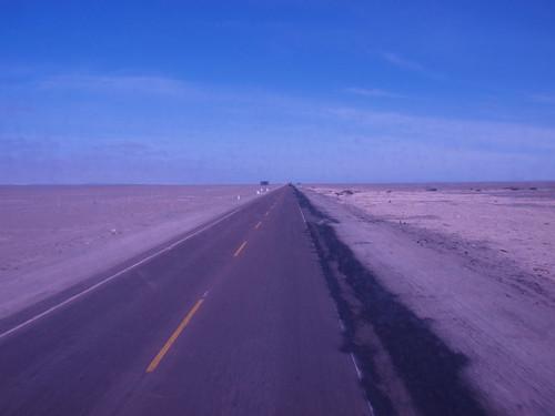 Desierto desde el autobús (1)