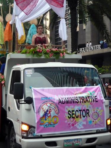 Makati Grand Parade 2010 025