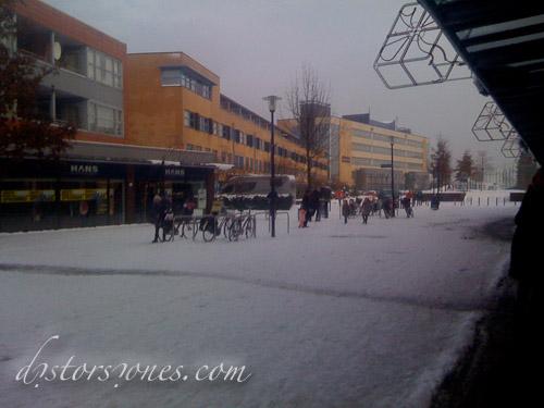El hielo entre las tiendas