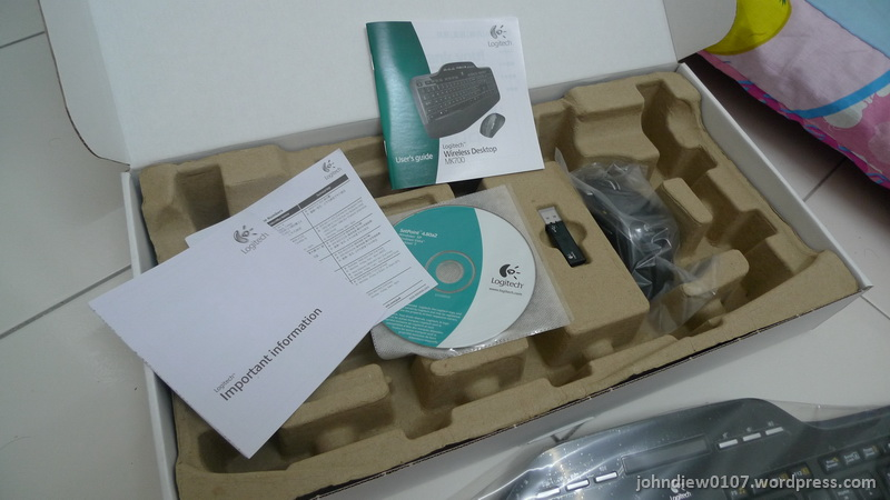 LogitechMK700-05