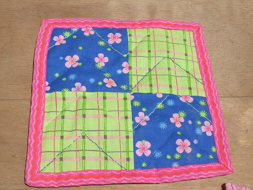 back of finished quilted table mat - four quarters
