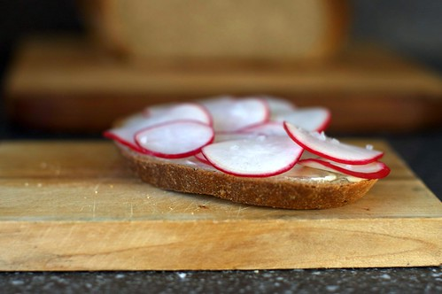 rye bread with butter, radishes, salt