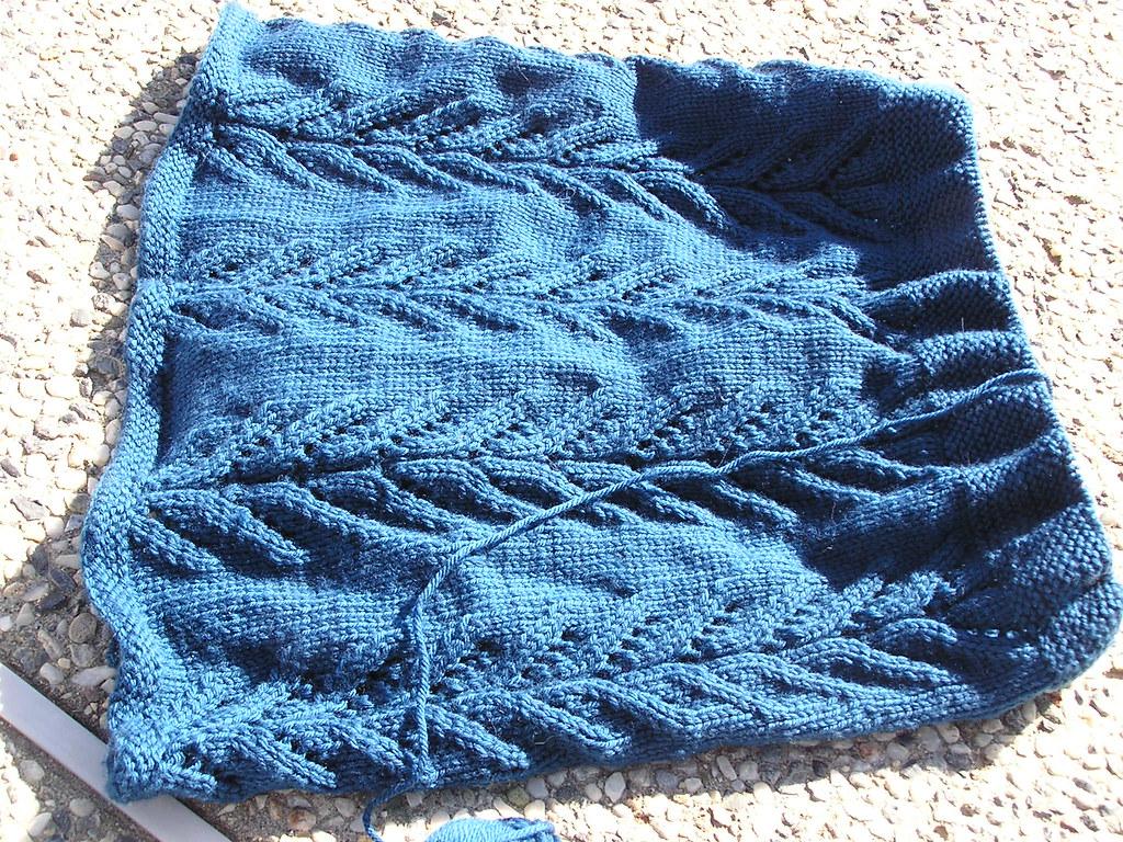 DROPS Sweater 06