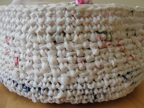 Plarn basket 5 (detail)