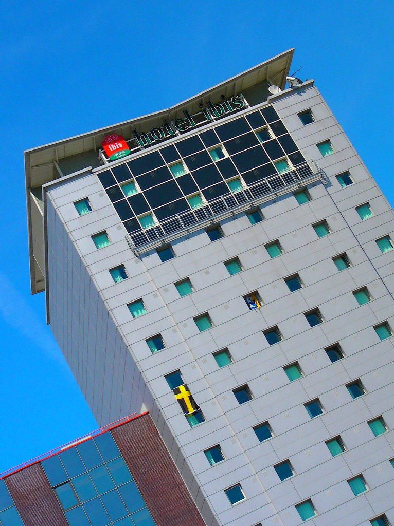 Wembley-Blackpool v Cardiff-Ibis hotel
