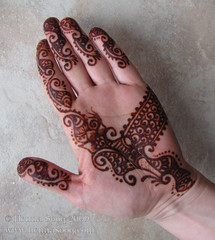 Henna design at 36 hours