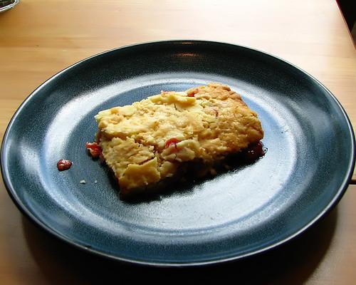 Easy Peasy Cherry Crumble Cake
