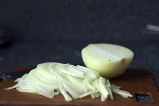 sliced onion