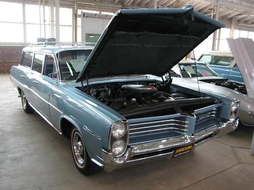 64 Pontiac Catalina Safari