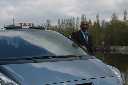 nieuwe taxi met nieuwe chauffeur!