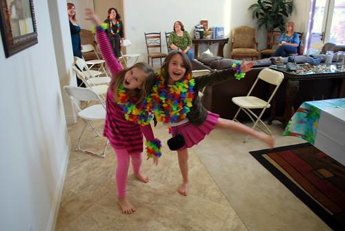 two hula girls