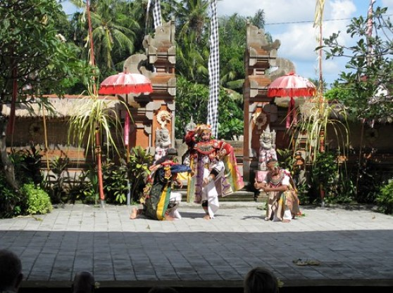 Traditional Balianese Dance 6