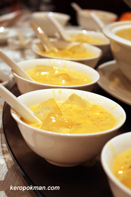 Chilled Mango Cream with Sago