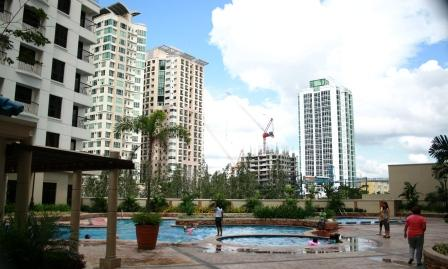 Forbeswood Heights Swimming Pool