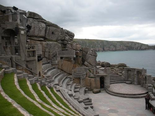 Le théâtre du Minack donant sur la mer, Porthcurno, Cornouailles