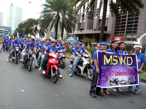 Makati Grand Parade 2010 063
