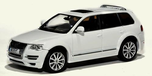 Norev VW Touareg 2008