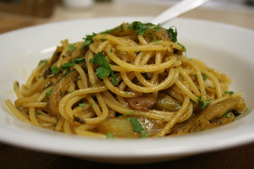Spicy Spaghetti with Fennel