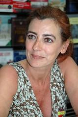 ¿Por qué se convirtió en escritora Ángeles Caso?