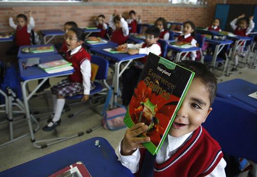 Inglés para los Alumnos del Colegio Distrital Débora Arango Pérez. Foto de eltiempo.com. Creative Commons.