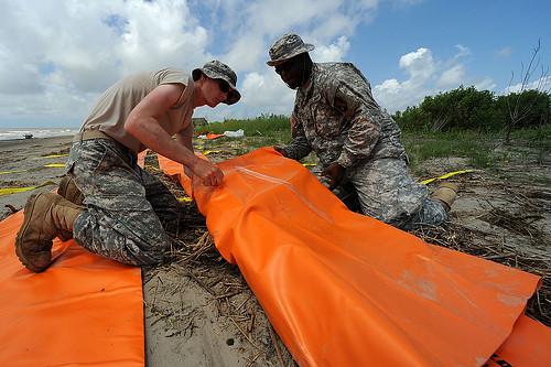 Louisiana spill response on Mississippi river