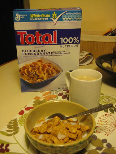 Total Blueberry Pomegranate cereal