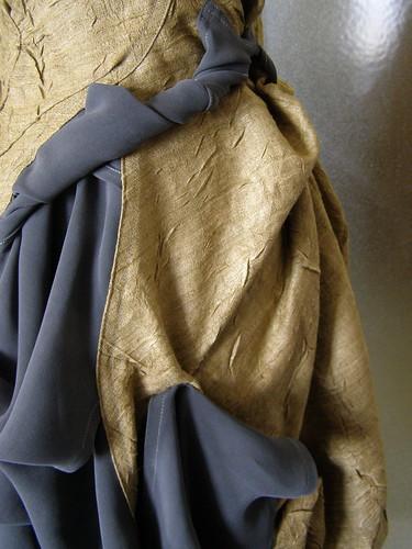 gold silk details