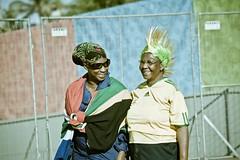 south africa 2010 - durban - fan ladies