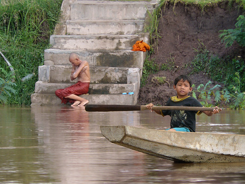 Daily life at the Mekong riverbank