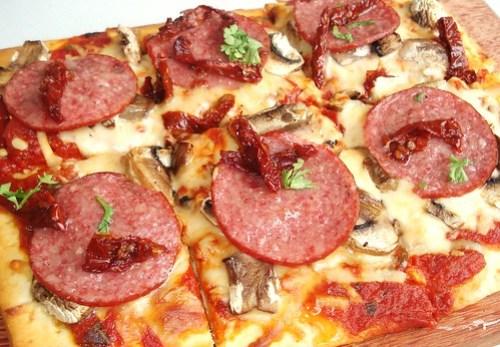 salami pizzar