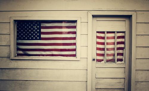 IMG_2470door&flag