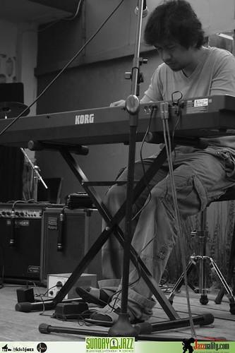 Sunday Jazz Potluck Sonny Akbar Quartet (2)